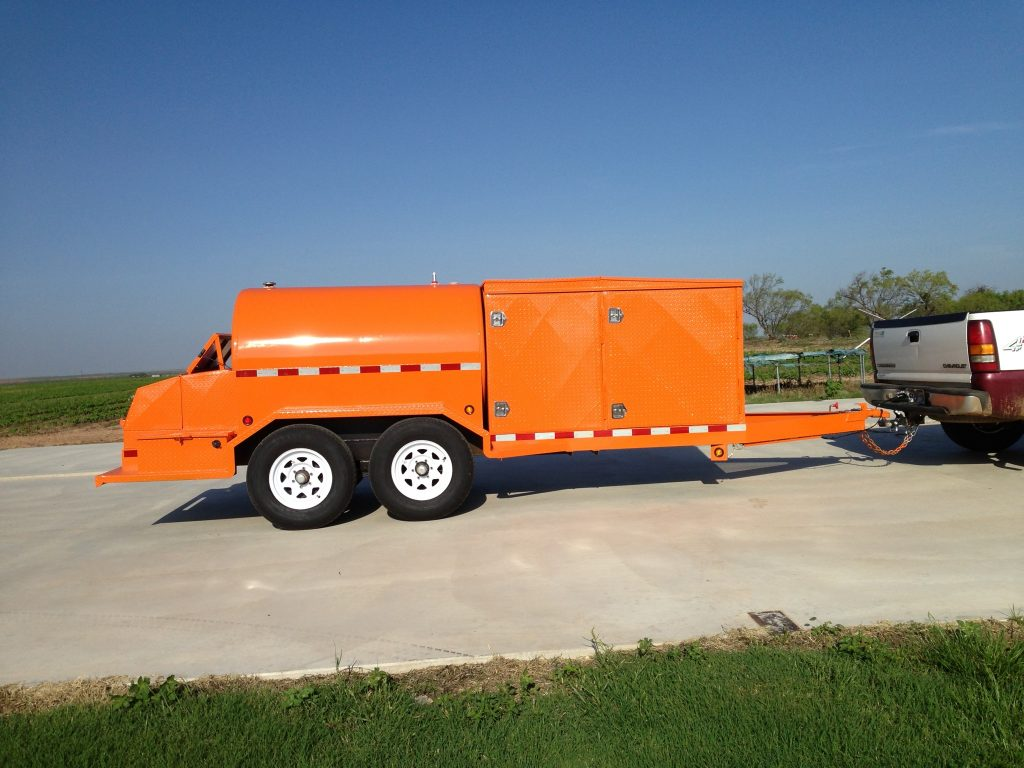 750 Gal Fuel Tank Tow Trailer