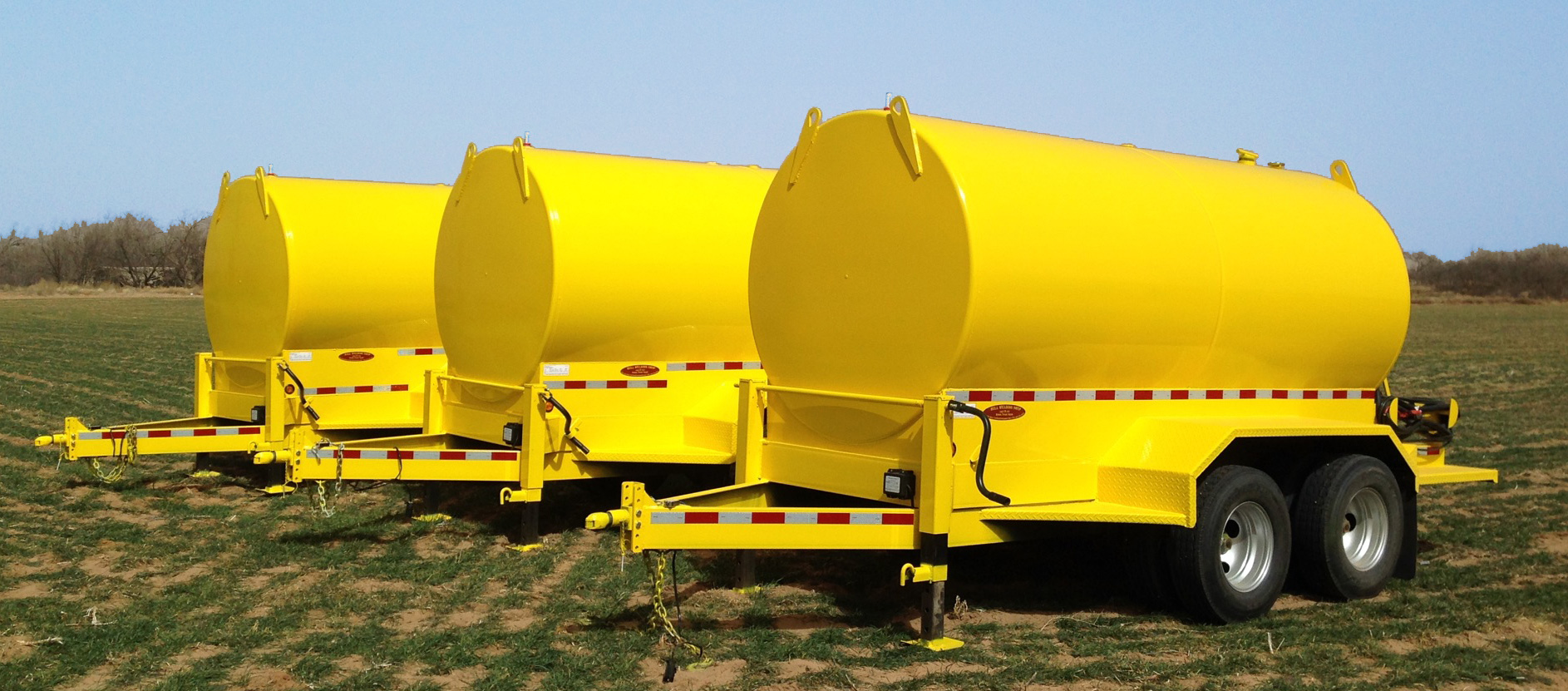 Hull 1000 gallon fuel tanks and trailers